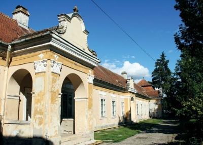 A sáromberki Teleki-kastély