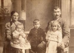 A Zs. Kiss család 1912-ben