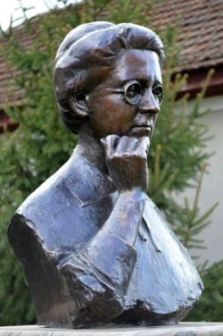 Krüzselyi Erzsébet