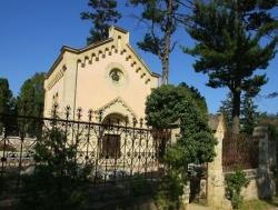 A felújított iktári Bethlen-kripta